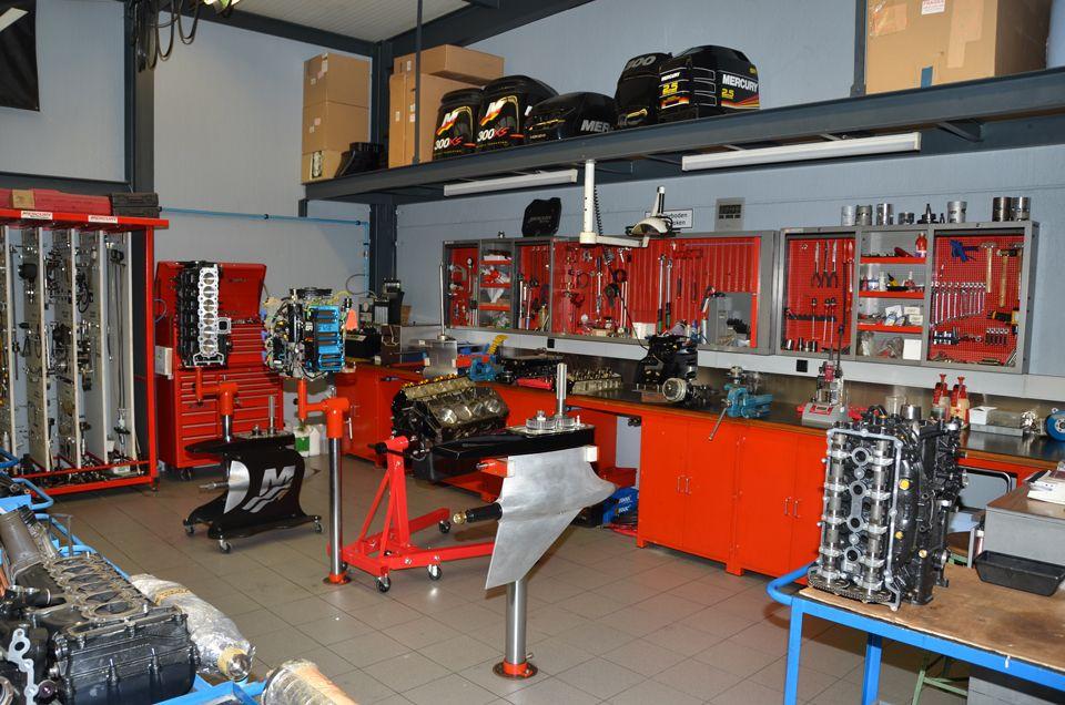 Mercury repair shop belgium for Outboard motor repair shop